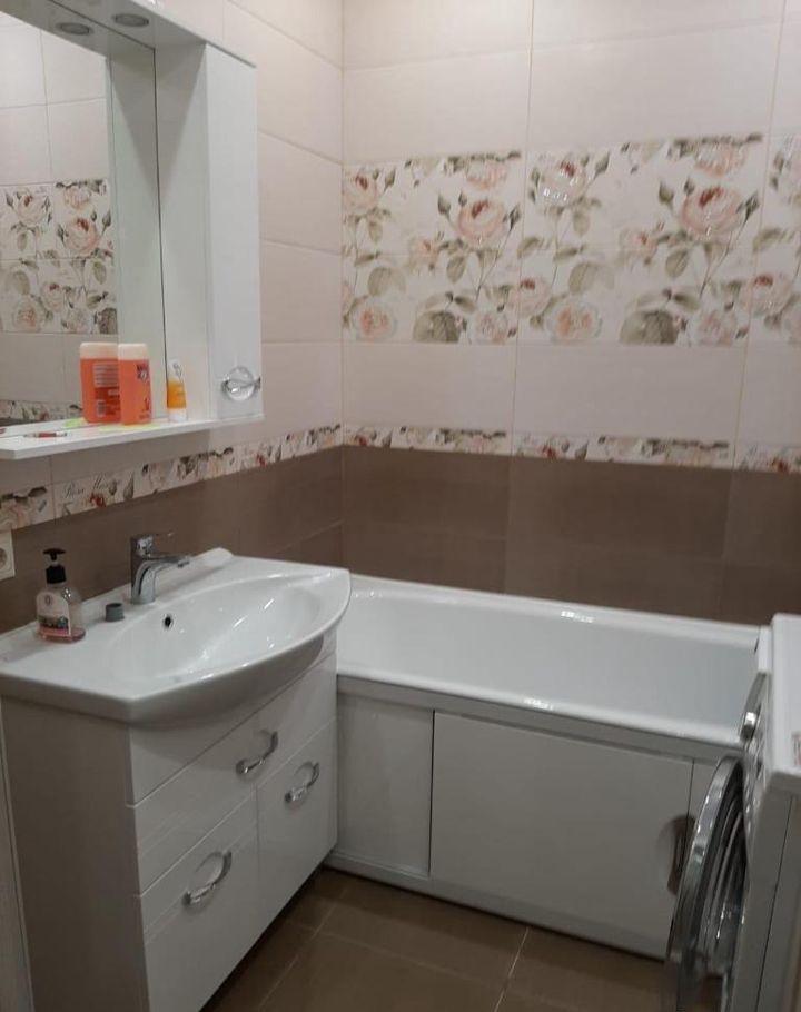 Аренда двухкомнатной квартиры деревня Сапроново, цена 33000 рублей, 2020 год объявление №1224155 на megabaz.ru