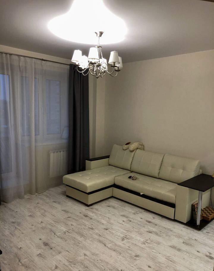 Аренда однокомнатной квартиры поселок Аничково, цена 23000 рублей, 2021 год объявление №1091495 на megabaz.ru