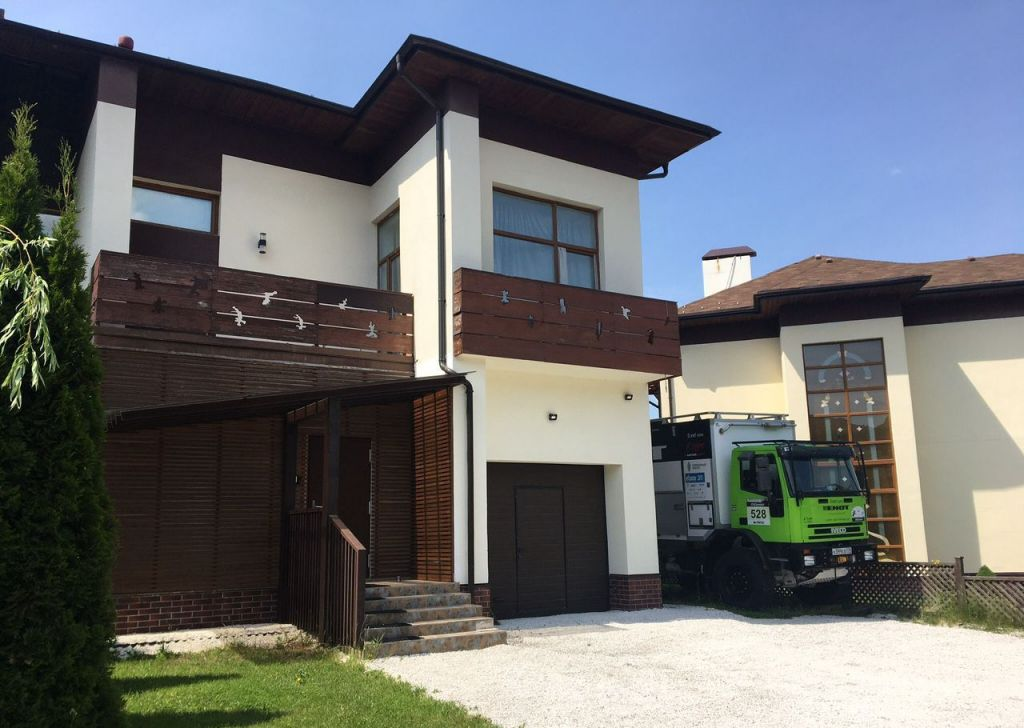 Продажа дома деревня Голиково, Рябиновая улица 7, цена 18000000 рублей, 2021 год объявление №430454 на megabaz.ru