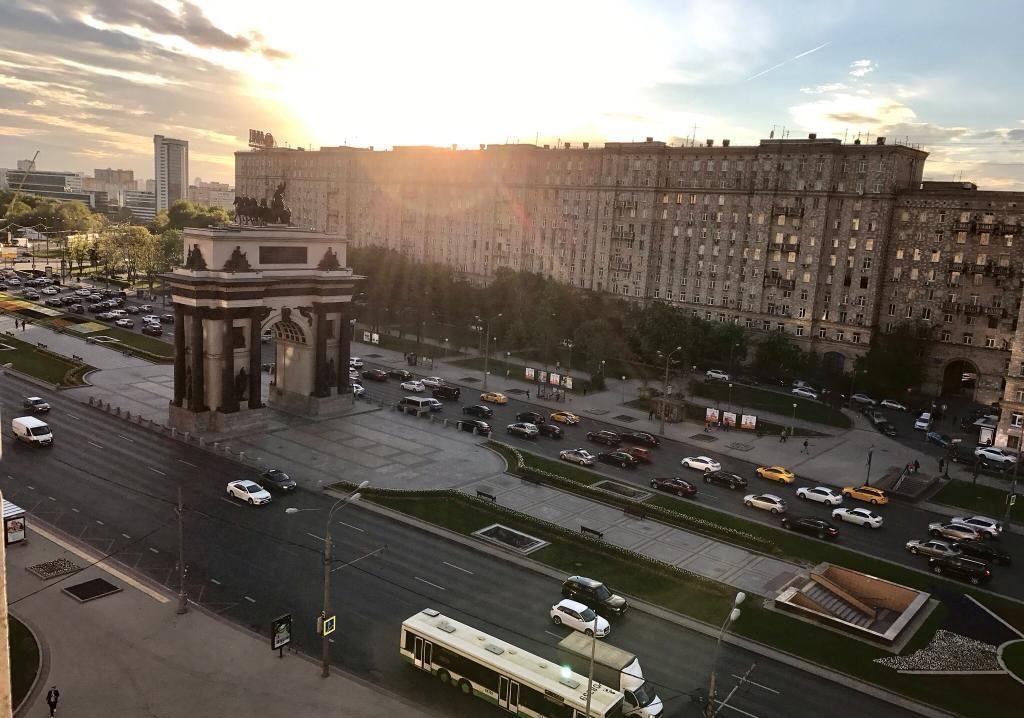 Продажа трёхкомнатной квартиры Москва, метро Парк Победы, площадь Победы 1кА, цена 22000000 рублей, 2021 год объявление №439949 на megabaz.ru