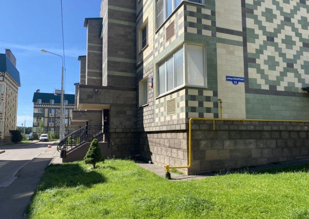 Аренда двухкомнатной квартиры деревня Солманово, Лазурная улица 15, цена 35000 рублей, 2020 год объявление №1197436 на megabaz.ru