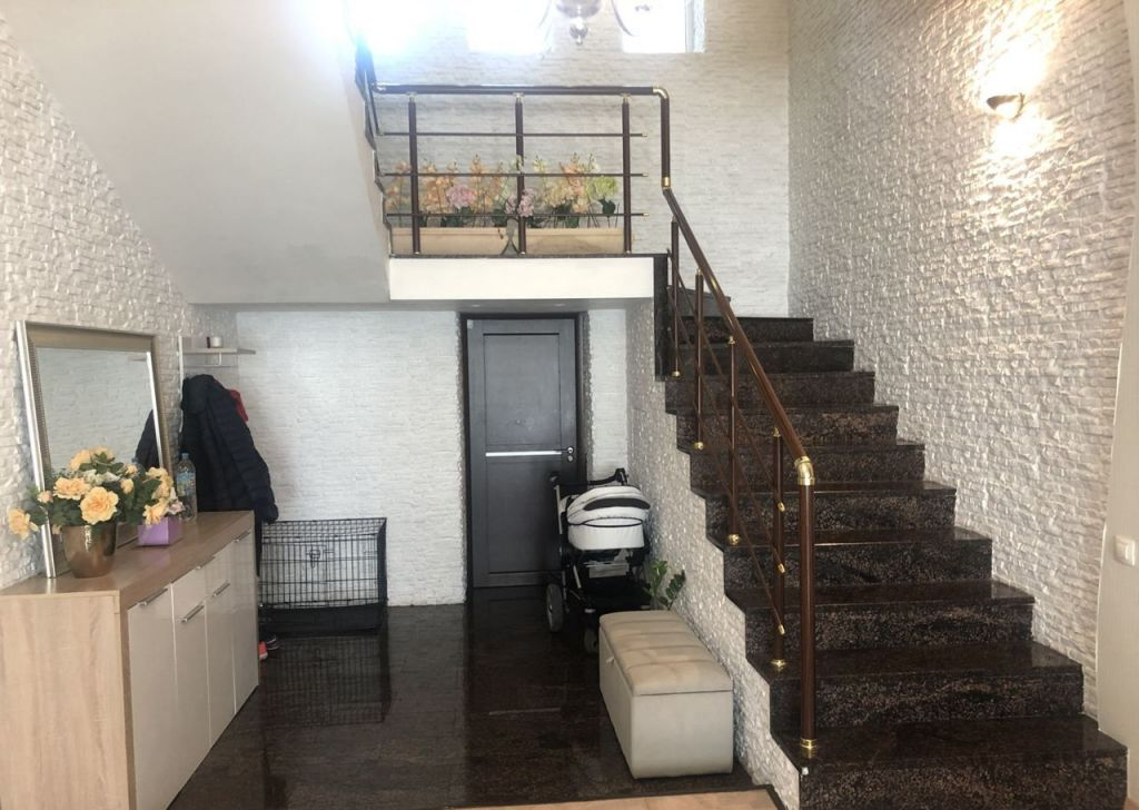 Продажа дома село Ангелово, Школьная улица, цена 44500000 рублей, 2021 год объявление №461450 на megabaz.ru