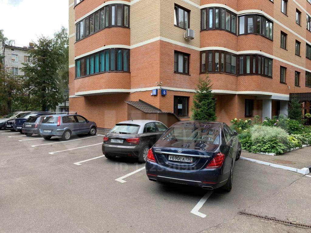 Аренда трёхкомнатной квартиры поселок Горки-2, цена 175000 рублей, 2020 год объявление №1216841 на megabaz.ru
