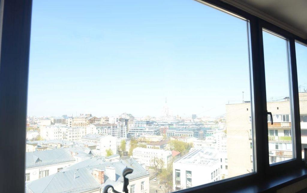 Продажа двухкомнатной квартиры Москва, метро Третьяковская, Пятницкая улица 39, цена 22000000 рублей, 2021 год объявление №361853 на megabaz.ru
