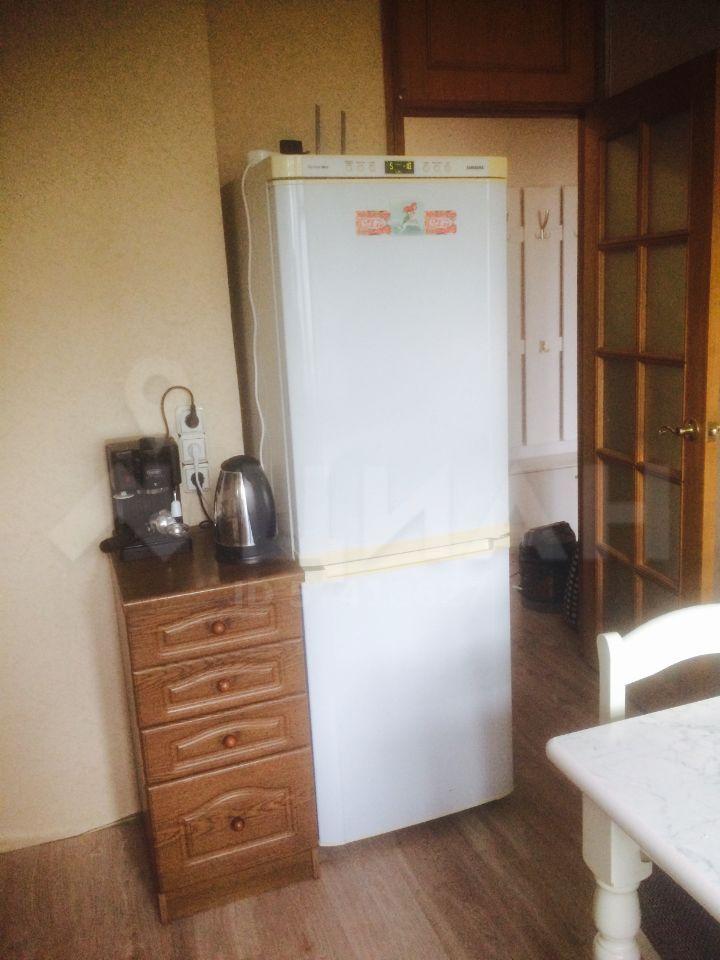 Аренда четырёхкомнатной квартиры Пущино, цена 35000 рублей, 2021 год объявление №1205774 на megabaz.ru