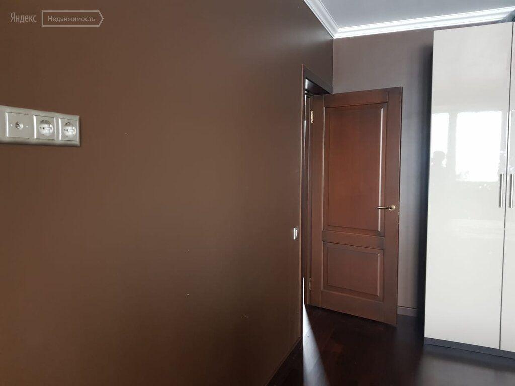 Продажа трёхкомнатной квартиры деревня Путилково, метро Волоколамская, цена 11200000 рублей, 2021 год объявление №464431 на megabaz.ru