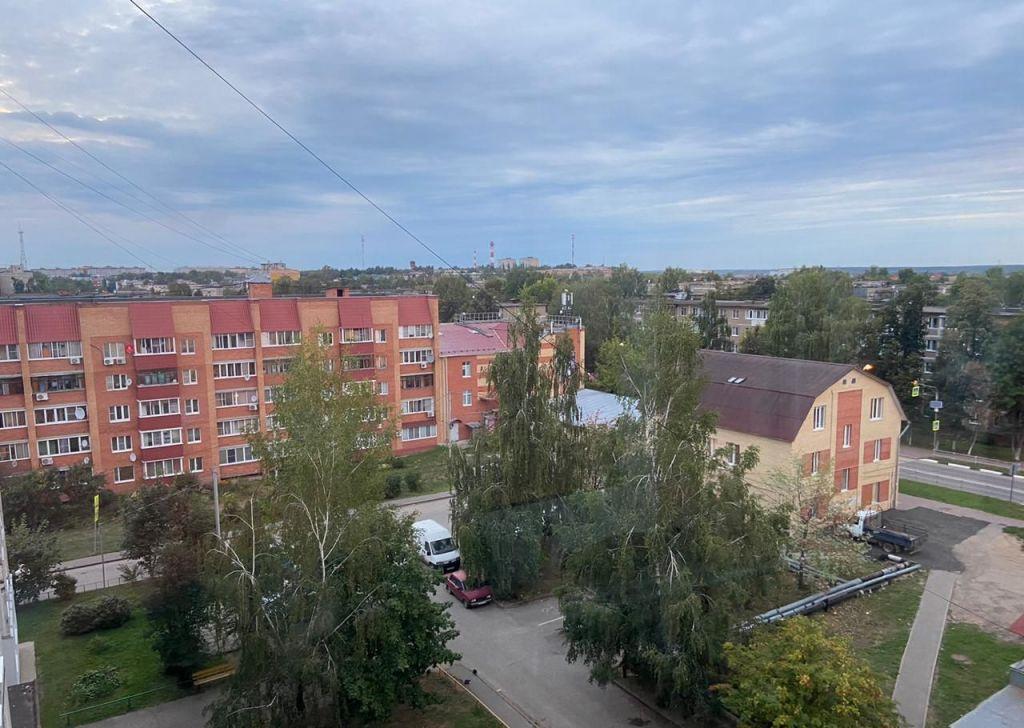 Аренда двухкомнатной квартиры Луховицы, улица Жуковского 38, цена 15000 рублей, 2021 год объявление №1202594 на megabaz.ru