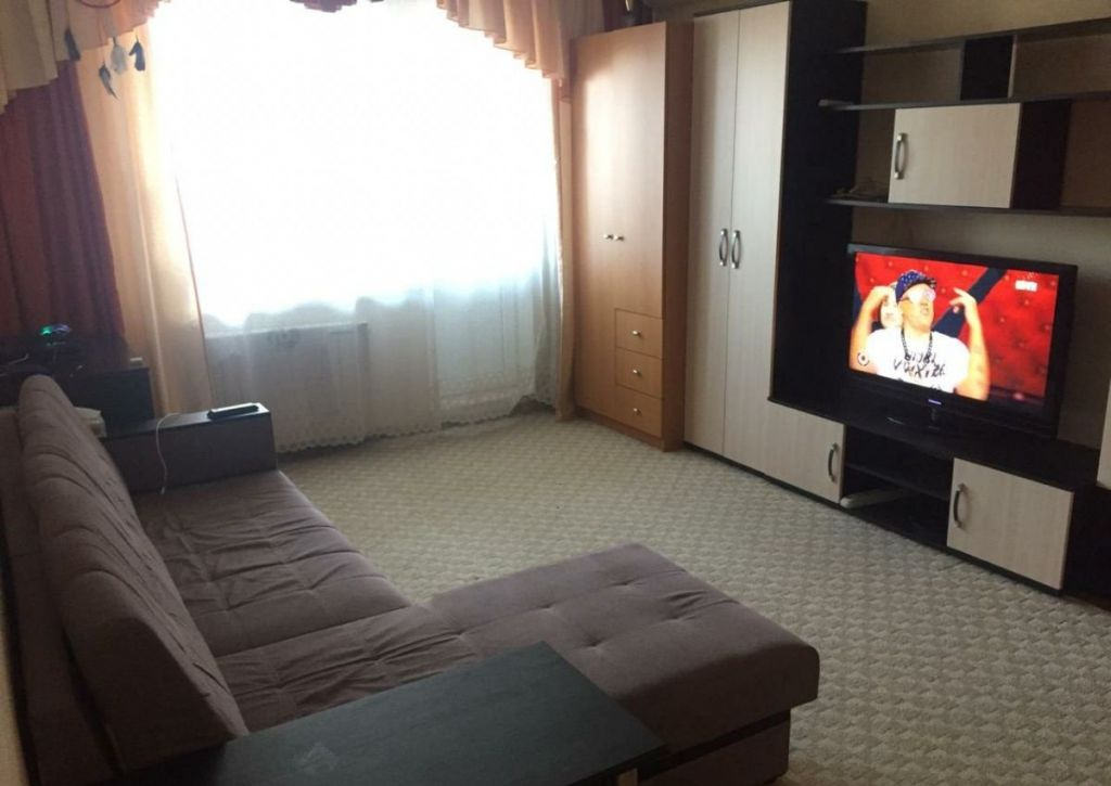 Аренда однокомнатной квартиры поселок ВНИИССОК, Берёзовая улица 6, цена 25000 рублей, 2020 год объявление №1131298 на megabaz.ru