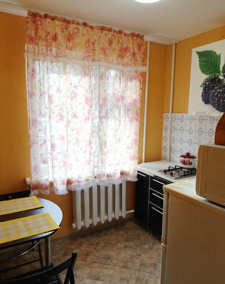 Аренда двухкомнатной квартиры Чехов, улица Мира 10, цена 20000 рублей, 2020 год объявление №1129862 на megabaz.ru