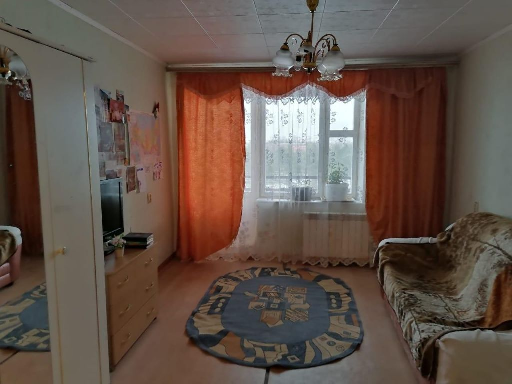 Продажа четырёхкомнатной квартиры Рошаль, Спортивная улица 3, цена 2500000 рублей, 2020 год объявление №496110 на megabaz.ru