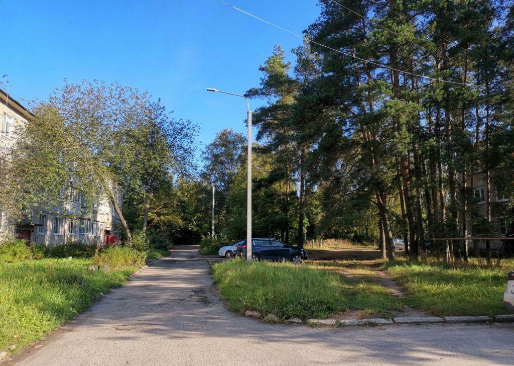Продажа трёхкомнатной квартиры село Конобеево, Школьная улица 3, цена 2500000 рублей, 2021 год объявление №517263 на megabaz.ru