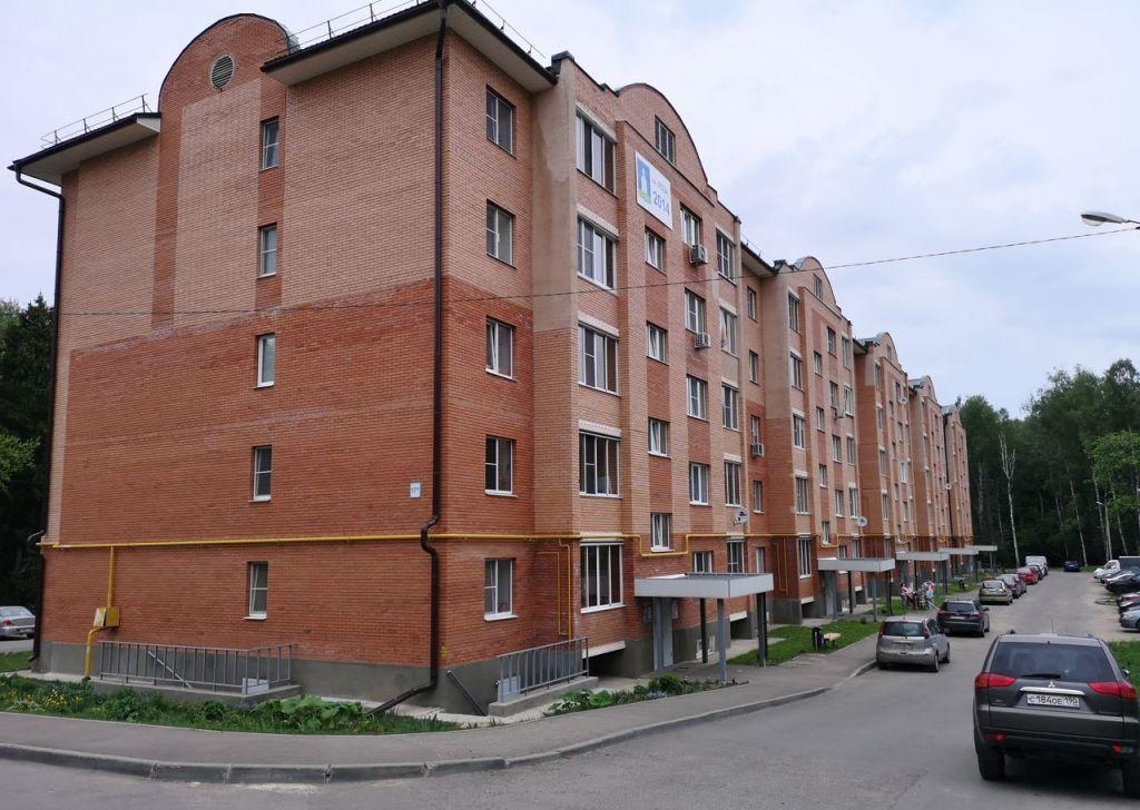 Продажа двухкомнатной квартиры поселок Лоза, цена 3000000 рублей, 2020 год объявление №414820 на megabaz.ru