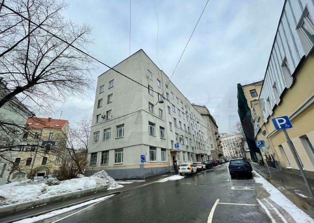 Продажа однокомнатной квартиры Москва, метро Китай-город, Хохловский переулок 15, цена 17600000 рублей, 2021 год объявление №602286 на megabaz.ru