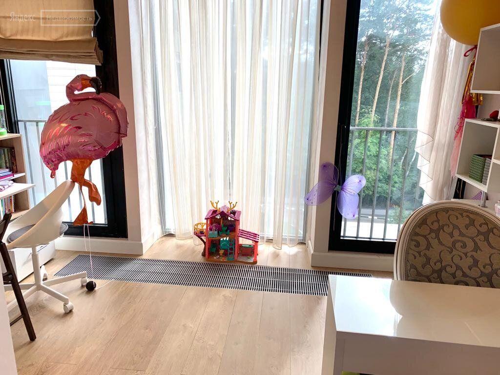Продажа пятикомнатной квартиры рабочий посёлок Заречье, цена 41990000 рублей, 2020 год объявление №475343 на megabaz.ru