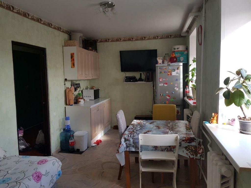 Продажа комнаты Куровское, Советская улица 105, цена 450000 рублей, 2020 год объявление №497091 на megabaz.ru