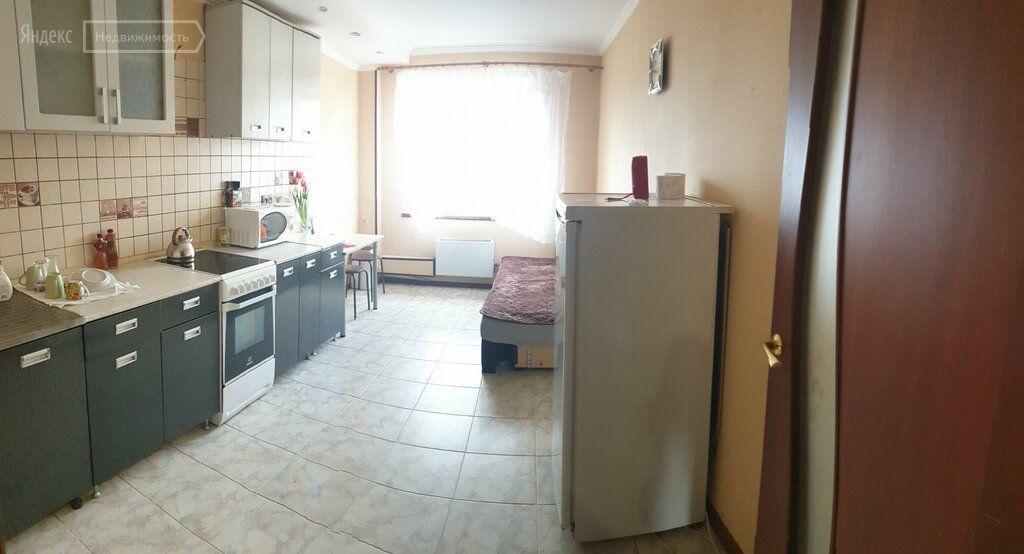 Аренда трёхкомнатной квартиры поселок Глебовский, улица Микрорайон 96, цена 24000 рублей, 2021 год объявление №1208062 на megabaz.ru