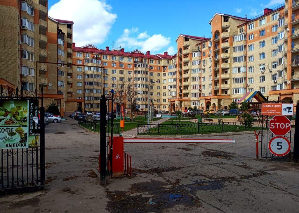 Аренда двухкомнатной квартиры село Перхушково, Можайское шоссе 4Б, цена 27000 рублей, 2021 год объявление №1250620 на megabaz.ru
