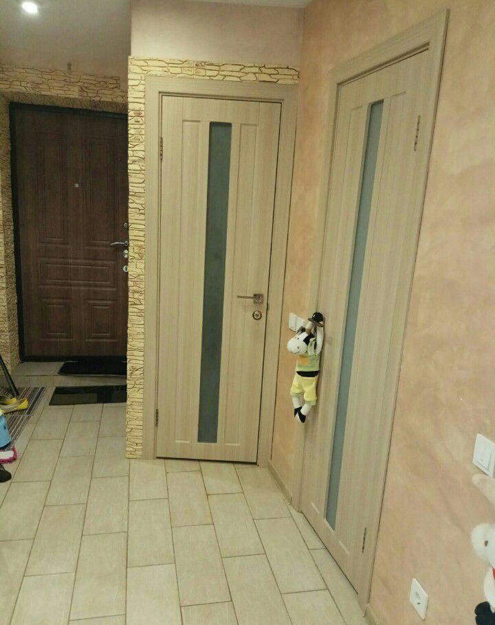 Продажа трёхкомнатной квартиры поселок Реммаш, Школьная улица 6, цена 2800000 рублей, 2021 год объявление №442002 на megabaz.ru