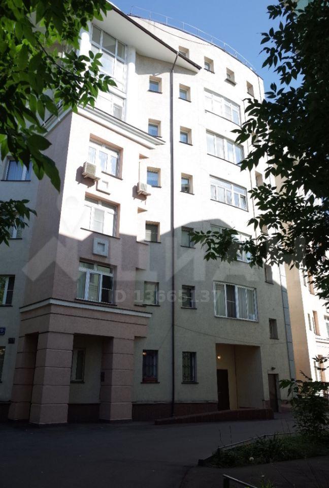 Продажа четырёхкомнатной квартиры Москва, метро Третьяковская, Вишняковский переулок 10с2, цена 67746592 рублей, 2021 год объявление №459908 на megabaz.ru