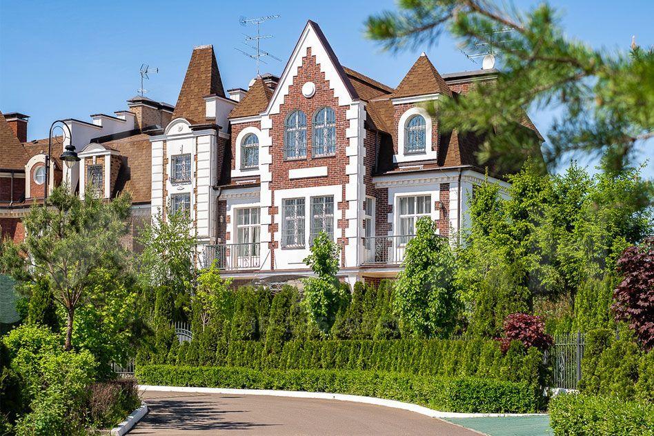 Продажа дома село Ильинское, цена 65000000 рублей, 2021 год объявление №503646 на megabaz.ru