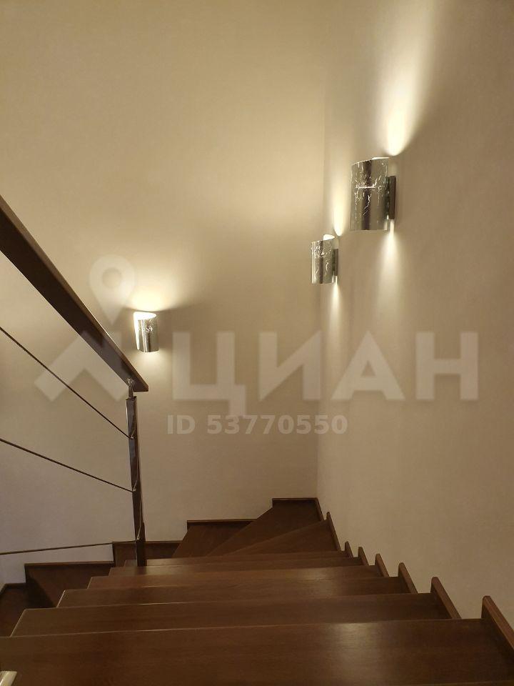 Продажа дома деревня Бережки, метро Аннино, цена 25000000 рублей, 2020 год объявление №432871 на megabaz.ru