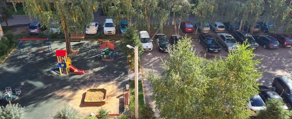 Продажа однокомнатной квартиры Звенигород, улица Комарова 13, цена 4800000 рублей, 2020 год объявление №506270 на megabaz.ru