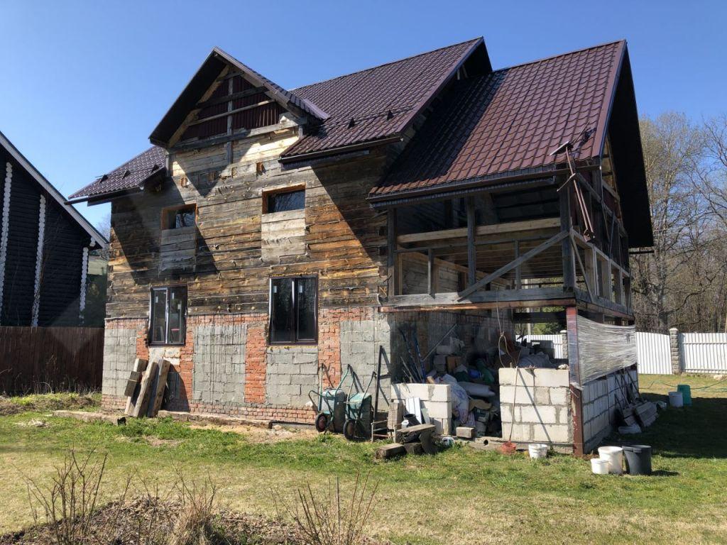 Продажа дома поселок городского типа Икша, улица Сельский Дом, цена 5200000 рублей, 2020 год объявление №362047 на megabaz.ru