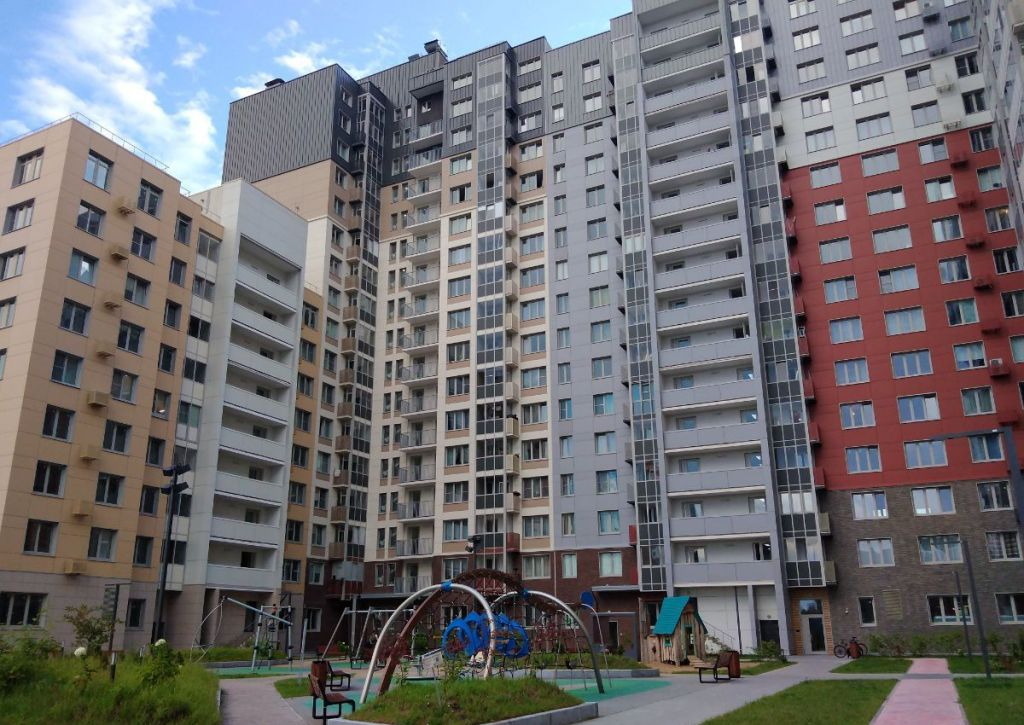 Продажа двухкомнатной квартиры деревня Бородино, Малая Бородинская улица 1к2, цена 6750000 рублей, 2021 год объявление №478565 на megabaz.ru