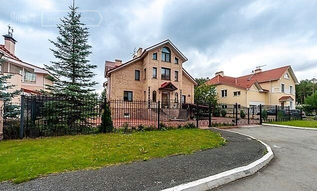 Аренда дома поселок Вешки, метро Алтуфьево, цена 80000 рублей, 2021 год объявление №1201998 на megabaz.ru