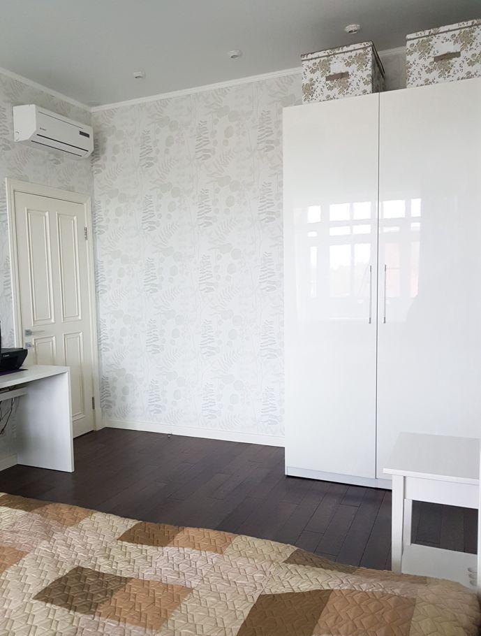 Продажа дома деревня Пятница, цена 30500000 рублей, 2021 год объявление №480749 на megabaz.ru