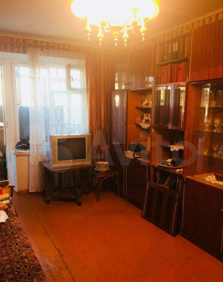 Продажа однокомнатной квартиры Рошаль, улица Свердлова 24, цена 1100000 рублей, 2021 год объявление №636701 на megabaz.ru