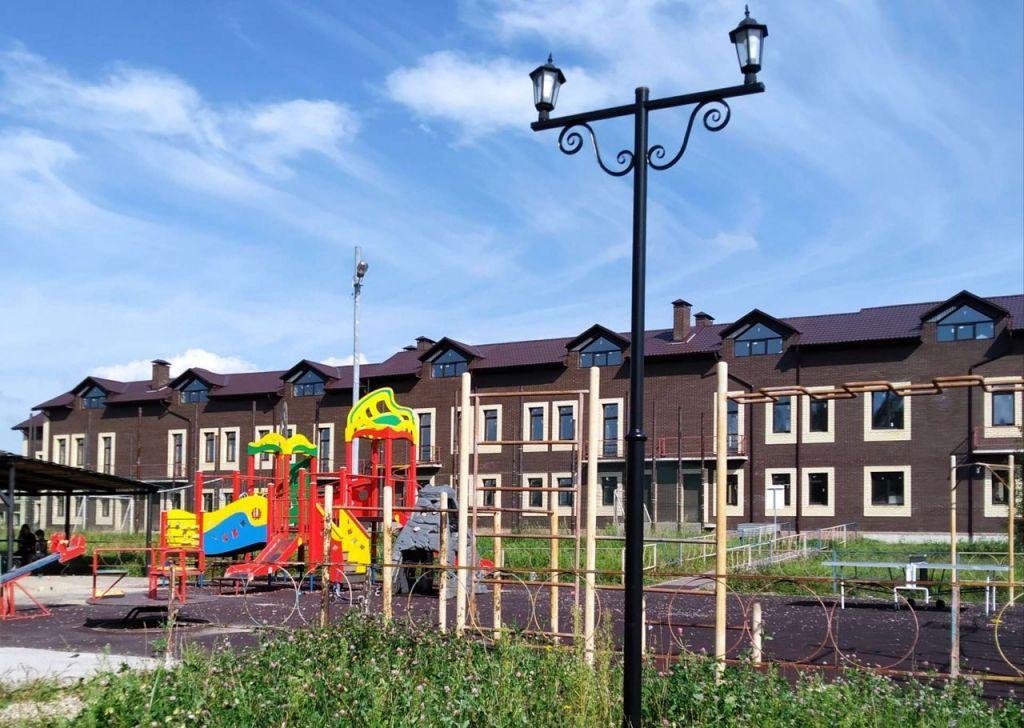 Продажа дома деревня Красное, Рябиновая улица 2/1, цена 6100000 рублей, 2021 год объявление №487051 на megabaz.ru