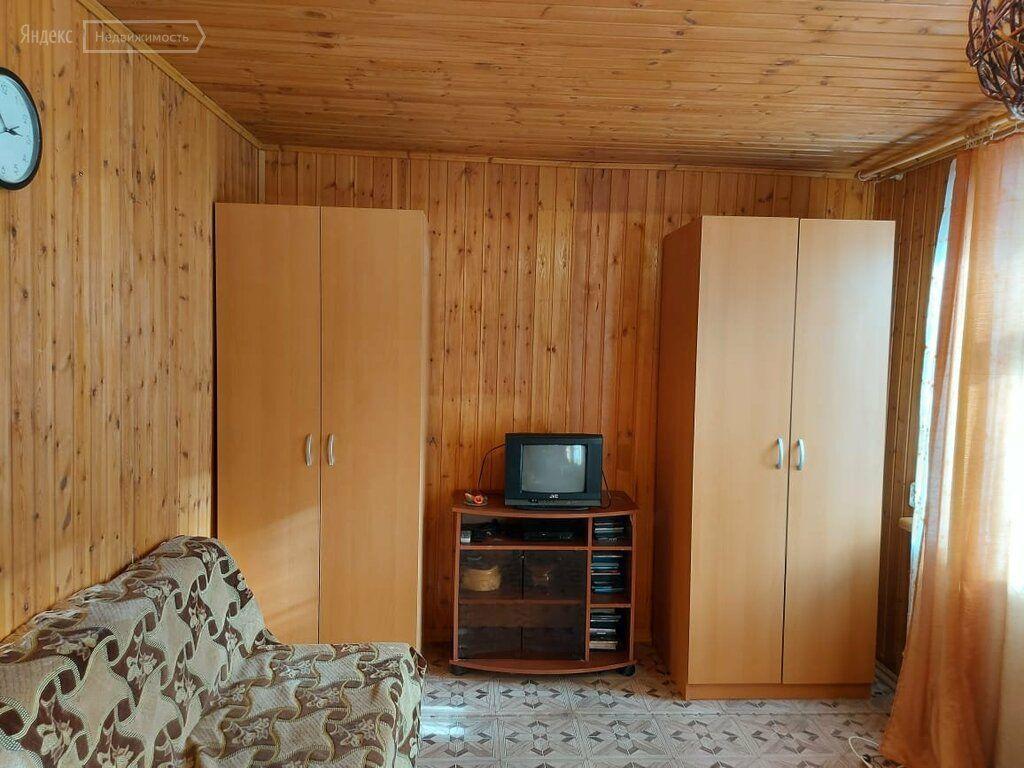 Аренда дома село Ильинское, Центральная улица 11, цена 10000 рублей, 2021 год объявление №1354592 на megabaz.ru