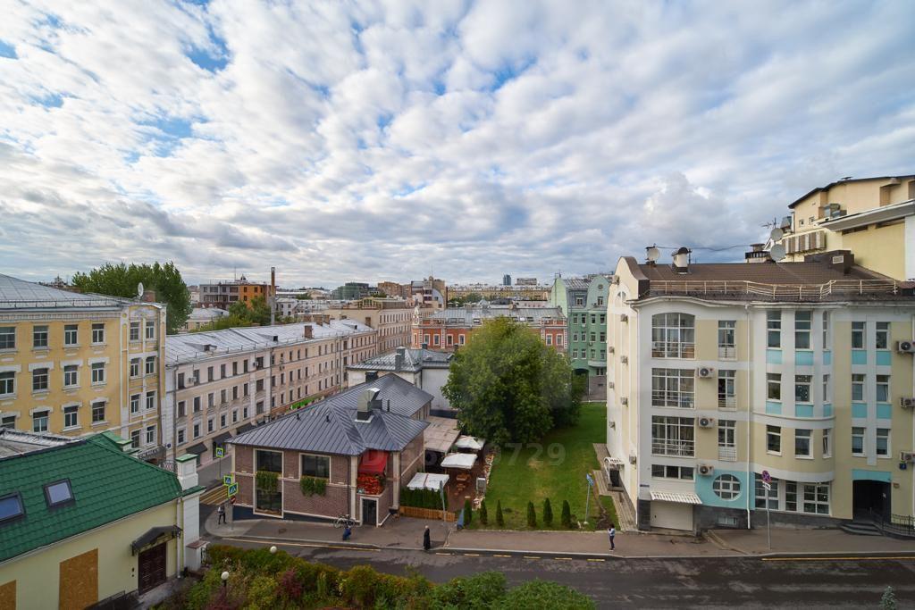 Продажа четырёхкомнатной квартиры Москва, метро Трубная, Большой Головин переулок 2, цена 71000000 рублей, 2021 год объявление №482317 на megabaz.ru