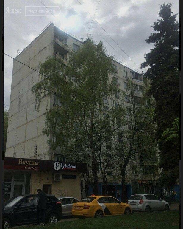 Продажа комнаты Москва, метро Южная, Днепропетровская улица 3к1, цена 2700000 рублей, 2021 год объявление №532314 на megabaz.ru