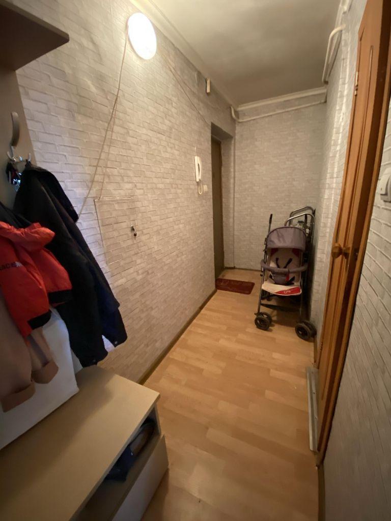 Продажа двухкомнатной квартиры поселок Глебовский, Октябрьская улица 61, цена 2700000 рублей, 2021 год объявление №463913 на megabaz.ru