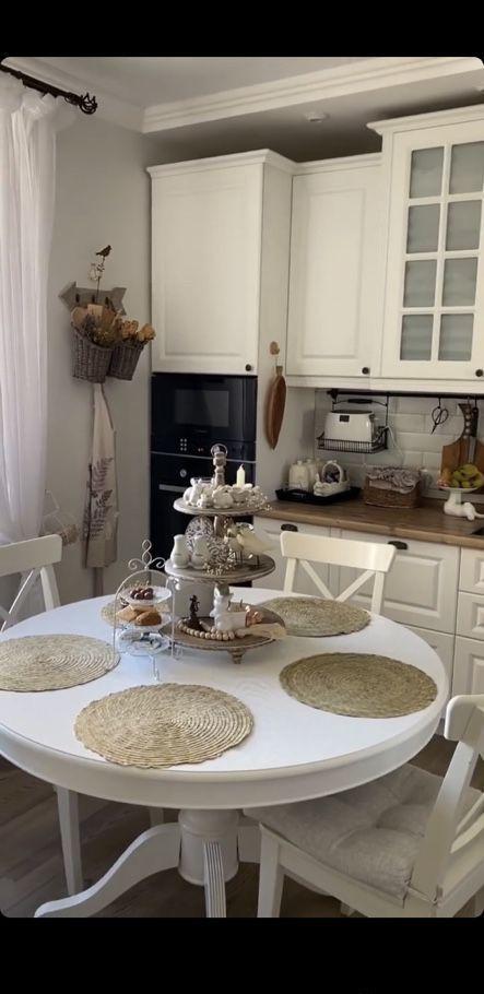 Продажа двухкомнатной квартиры поселок Лесные Поляны, цена 10000000 рублей, 2020 год объявление №486558 на megabaz.ru