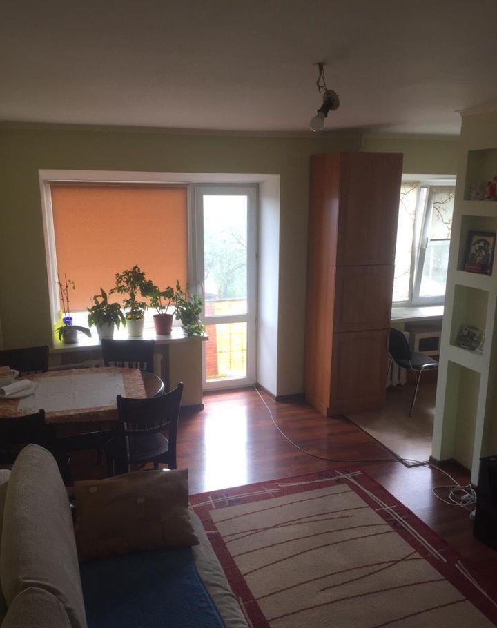 Продажа двухкомнатной квартиры поселок Дорохово, улица Виксне 20, цена 2700000 рублей, 2021 год объявление №529512 на megabaz.ru