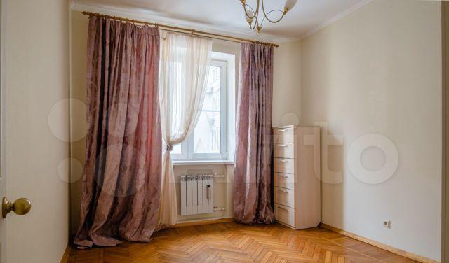 Аренда трёхкомнатной квартиры Москва, метро Баррикадная, Скатертный переулок 30с1, цена 90000 рублей, 2021 год объявление №1299423 на megabaz.ru