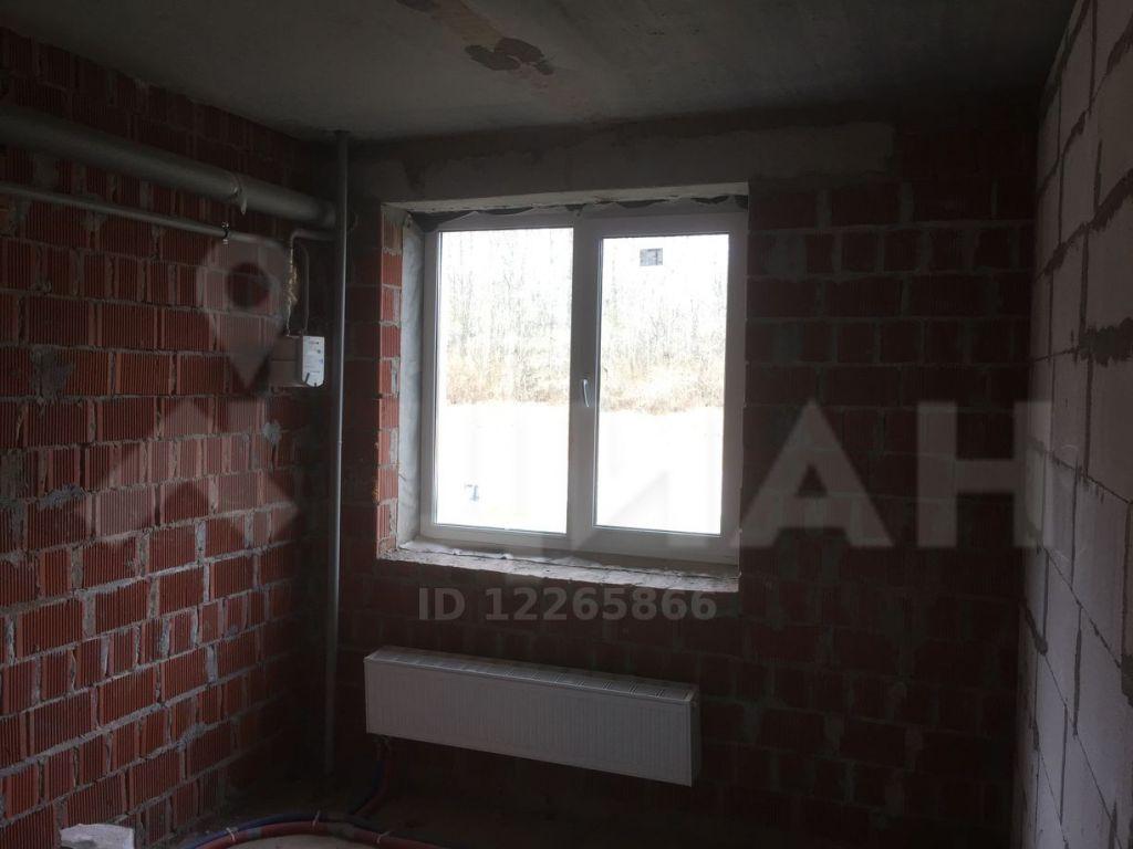 Продажа однокомнатной квартиры село Верзилово, Преображенский проспект 12, цена 1250000 рублей, 2020 год объявление №488964 на megabaz.ru