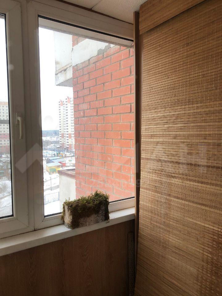 Продажа трёхкомнатной квартиры рабочий посёлок Нахабино, метро Тушинская, Школьная улица 13, цена 7000000 рублей, 2020 год объявление №491663 на megabaz.ru