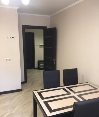 Аренда однокомнатной квартиры Апрелевка, улица Дубки 17, цена 27000 рублей, 2020 год объявление №1129185 на megabaz.ru