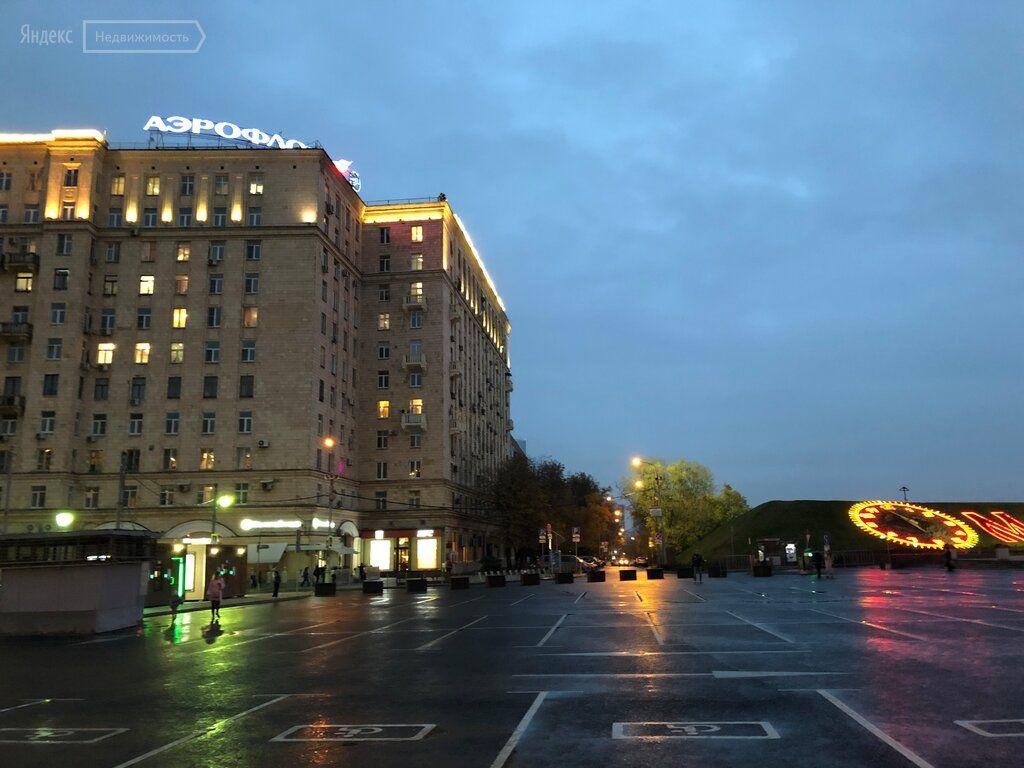 Продажа двухкомнатной квартиры Москва, метро Парк Победы, улица Генерала Ермолова 2, цена 17500000 рублей, 2021 год объявление №524165 на megabaz.ru