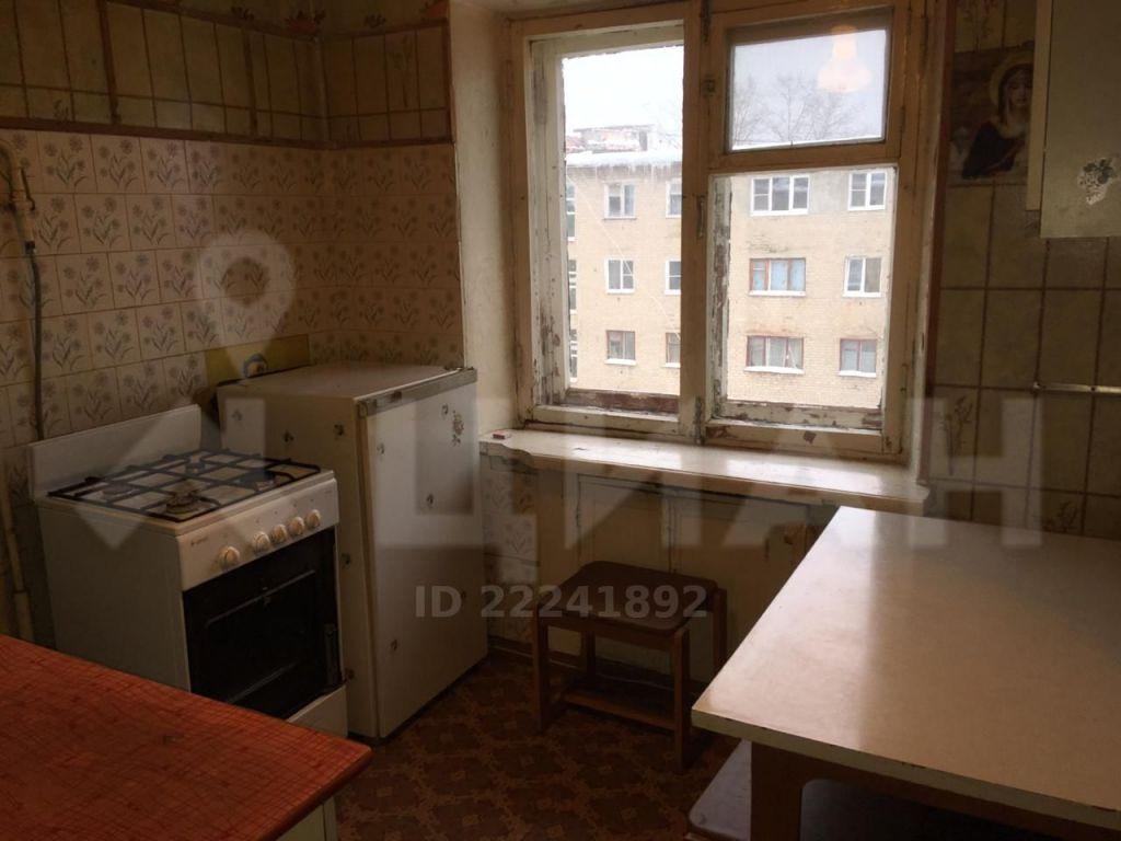 Продажа двухкомнатной квартиры Рошаль, улица Октябрьской Революции 56, цена 850000 рублей, 2020 год объявление №491003 на megabaz.ru