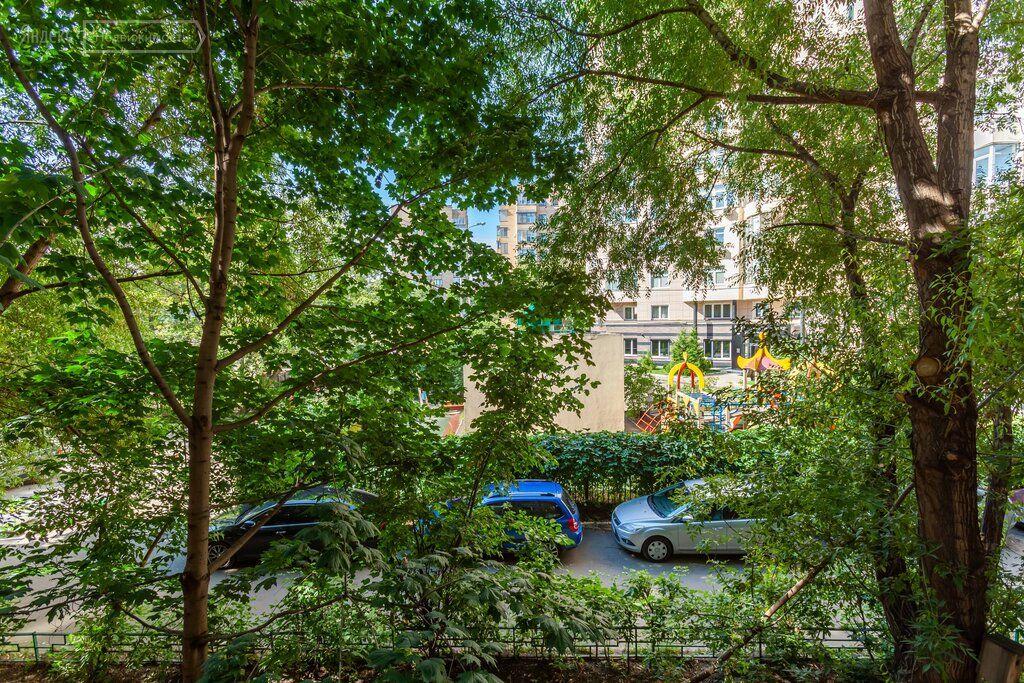 Продажа трёхкомнатной квартиры Москва, метро Фрунзенская, Оболенский переулок 9к18, цена 35000000 рублей, 2020 год объявление №490802 на megabaz.ru