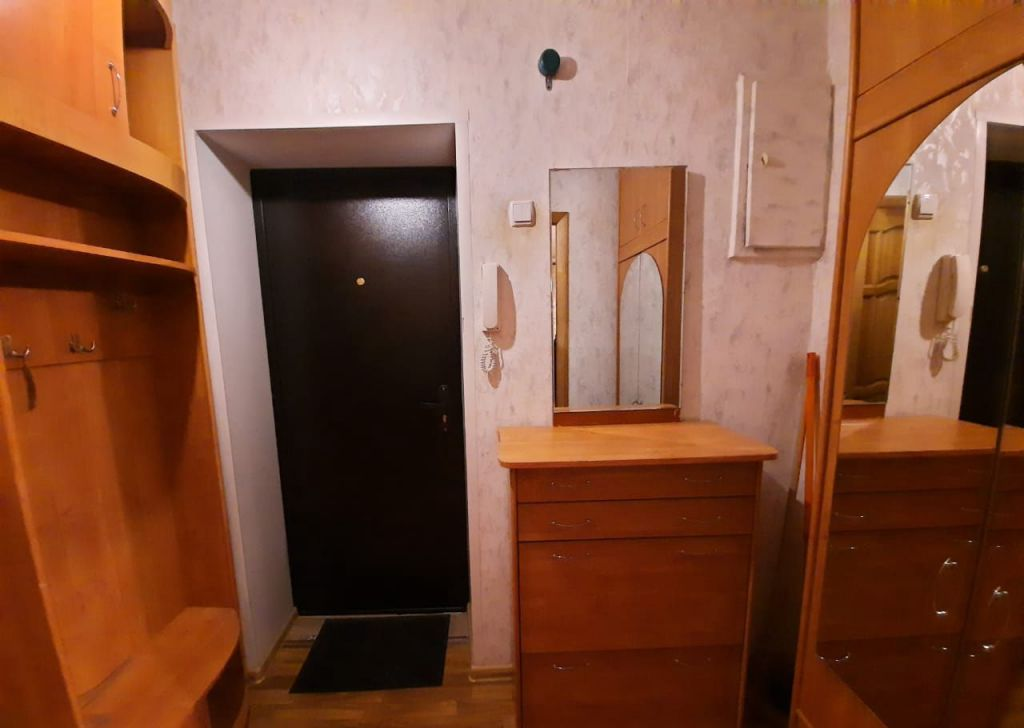 Аренда двухкомнатной квартиры рабочий посёлок Михнево, Библиотечная улица 18, цена 16000 рублей, 2021 год объявление №1200102 на megabaz.ru
