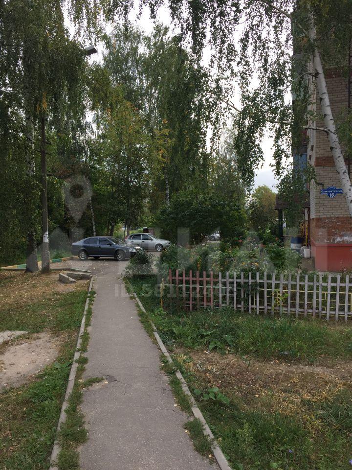 Продажа двухкомнатной квартиры Куровское, Коммунистическая улица 16, цена 1700000 рублей, 2020 год объявление №501908 на megabaz.ru