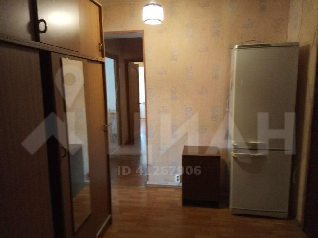Аренда трёхкомнатной квартиры поселок Отрадное, цена 40000 рублей, 2021 год объявление №1139503 на megabaz.ru