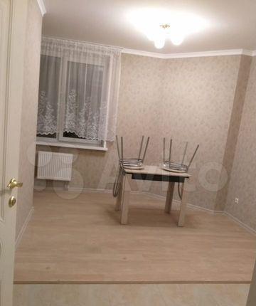 Аренда двухкомнатной квартиры село Немчиновка, Рублёвский проезд 23, цена 35000 рублей, 2021 год объявление №1327417 на megabaz.ru