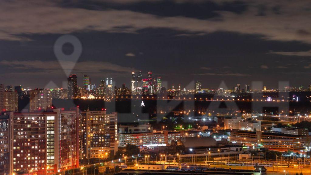 Аренда однокомнатной квартиры деревня Раздоры, метро Строгино, улица Липовой Рощи 2к2, цена 40000 рублей, 2021 год объявление №1202478 на megabaz.ru